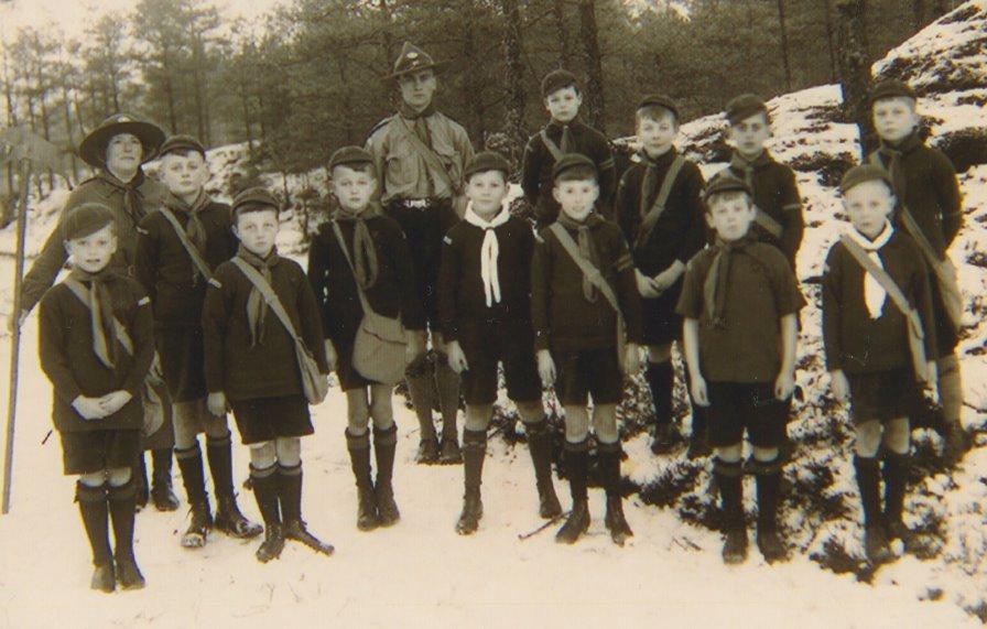 Foto Bram als welp 1936 NUN002000124.jpg